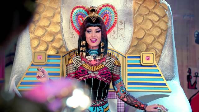 Katy-Perry-Dark-Horse-Music-Video-katy-perry-37139507-1920-1080