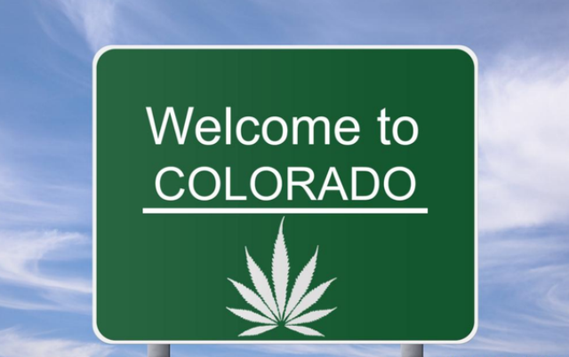 hrfm Welcome-to-Colorado-Marijuana-Green-Rush grande