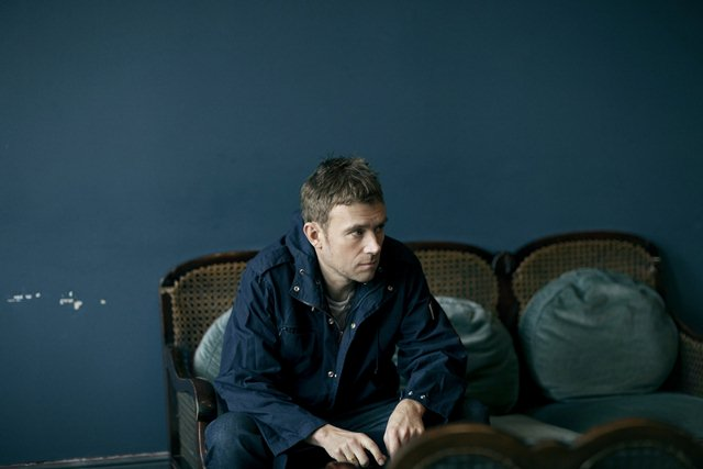la-et-ms-damon-albarn-performs-new-song-lonely-press-play-20140217 22222