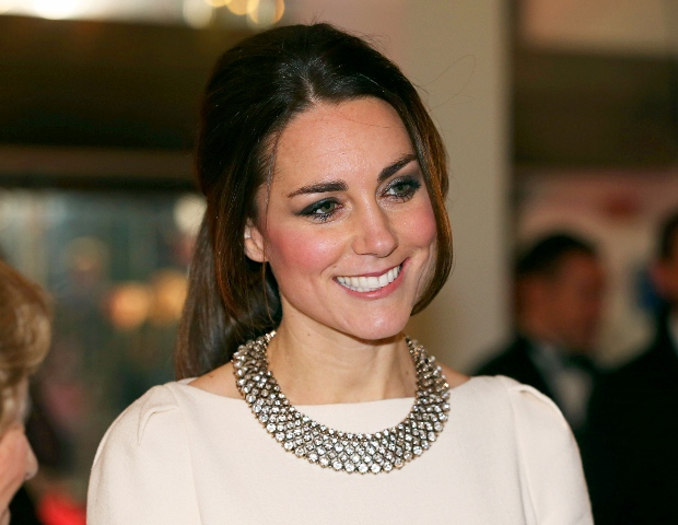 1386278943 453792373 kate-middleton-zoom