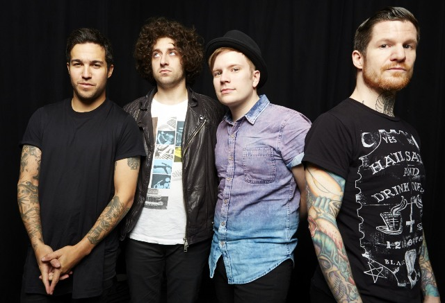 31509581-ap music-fall out boy2