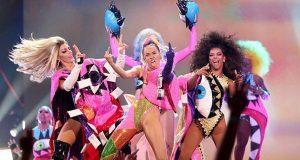 Miley Cyrus di MTV VMA 2015
