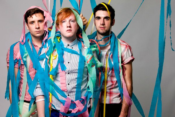 Radio Anak Muda_two door cinema club